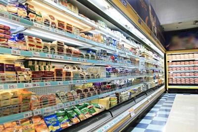 スーパーで毎日買い食い